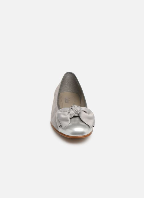 Ballerines Gabor Abby Argent vue portées chaussures