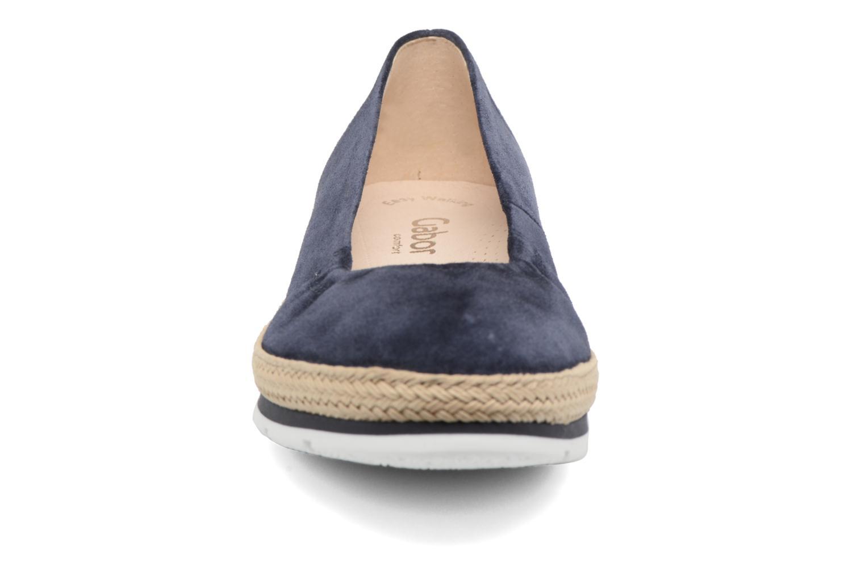 Ballerines Gabor Ronie Bleu vue portées chaussures