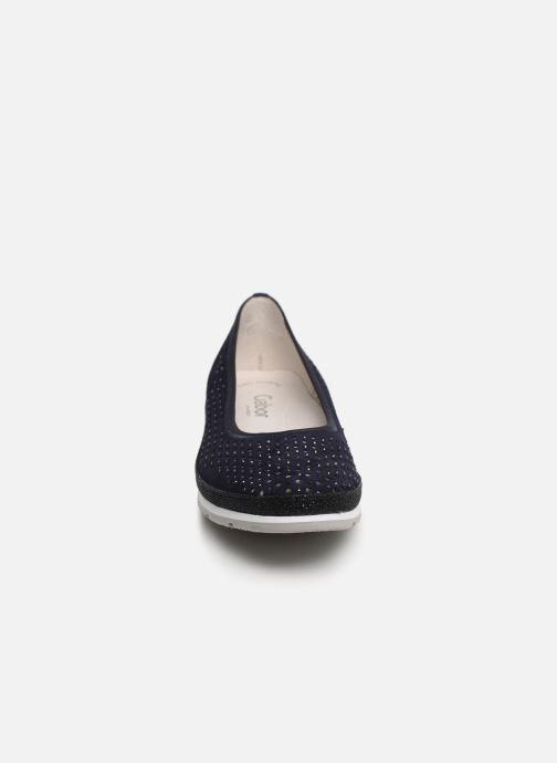 Ballerines Gabor Jadie Bleu vue portées chaussures