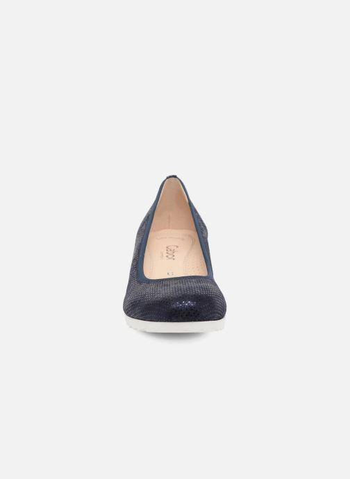 Ballerines Gabor Novara Bleu vue portées chaussures