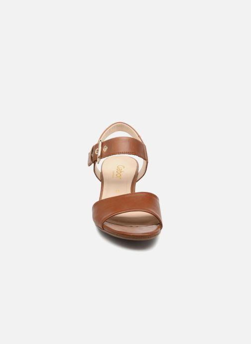 Sandales et nu-pieds Gabor Sandra Marron vue portées chaussures