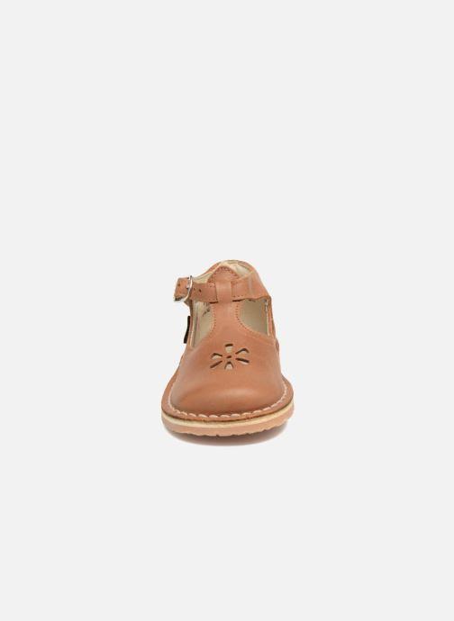 Ballerines Aster Bimbo Marron vue portées chaussures