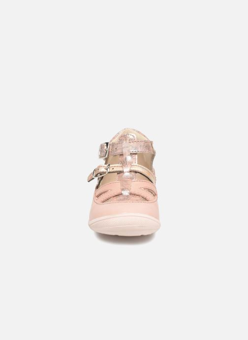 Ballerines GBB Sarah Rose vue portées chaussures