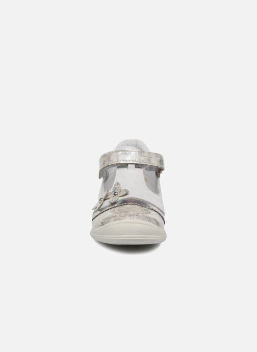 Ballerines GBB Serena Blanc vue portées chaussures