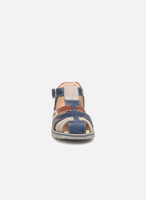 Sandales et nu-pieds GBB Sloan Bleu vue portées chaussures