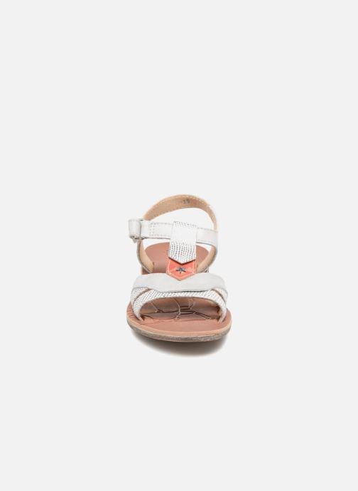 Sandales et nu-pieds GBB Enrica Blanc vue portées chaussures