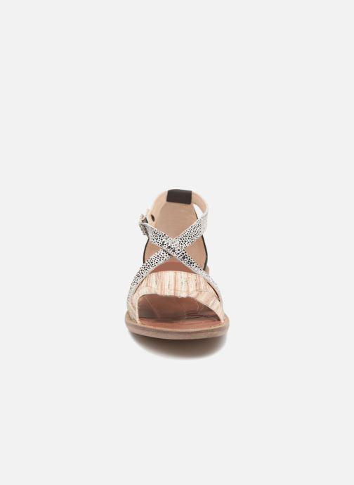 Sandales et nu-pieds GBB Cristina Multicolore vue portées chaussures