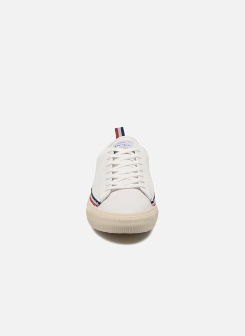 Baskets Champion Low Cut Shoe MERCURY LOW LEATHER Blanc vue portées chaussures