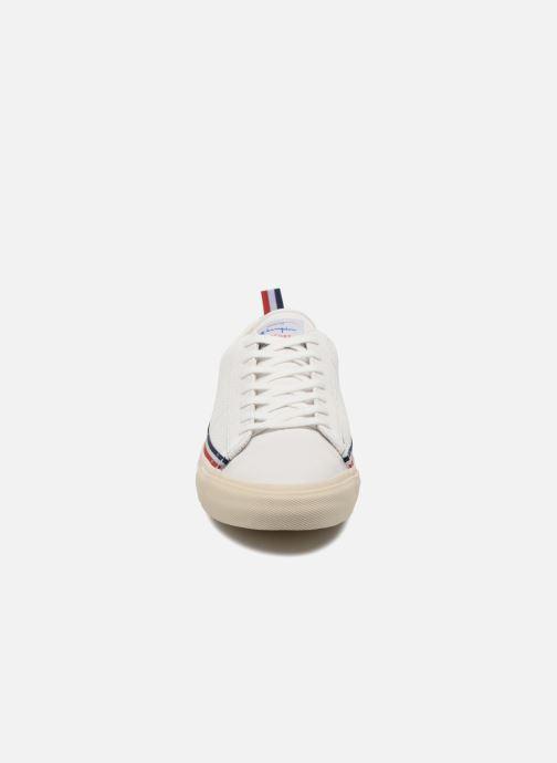 Baskets Champion Low Cut Shoe MERCURY LOW LEATHER Blanc vue portées chaussures
