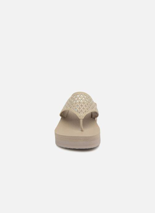 Zehensandalen Skechers Vinyasa-#Flow beige schuhe getragen