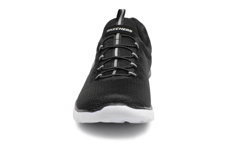 Sportskor Skechers Summits Svart bild av skorna på