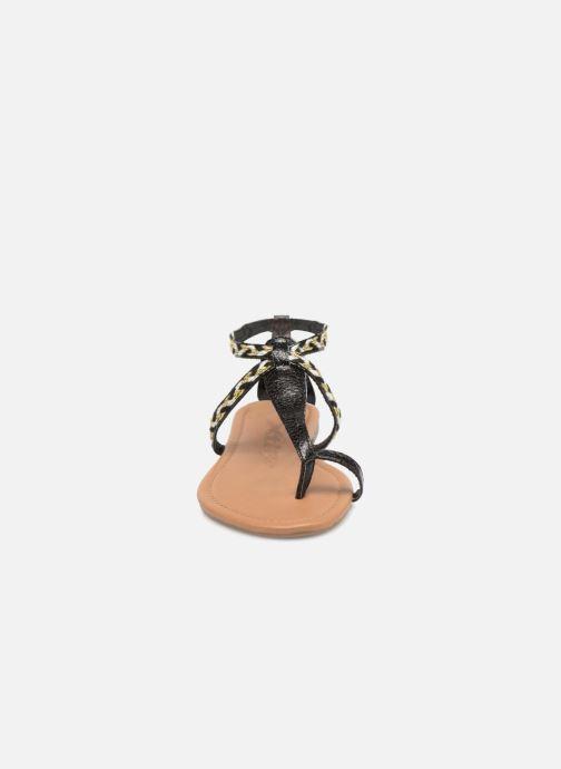 Sandales et nu-pieds Xti Kiss 033550 Noir vue portées chaussures