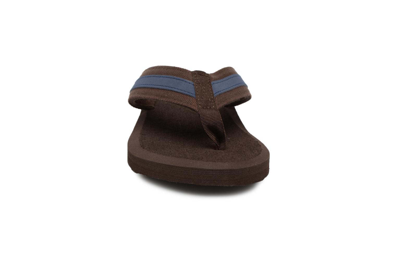 Flip flops Isotoner Tong Yoga confort Brown model view