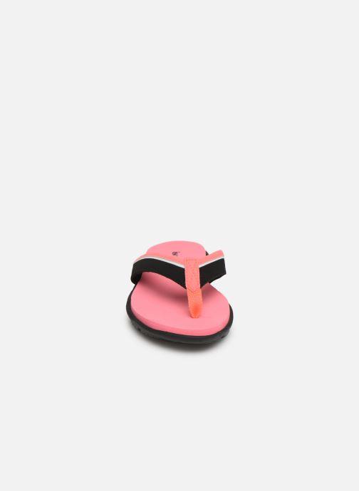 Infradito Isotoner Tong sport confort Rosa modello indossato