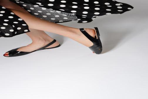 Sandales et nu-pieds Jonak DOUSSOU Noir vue bas / vue portée sac