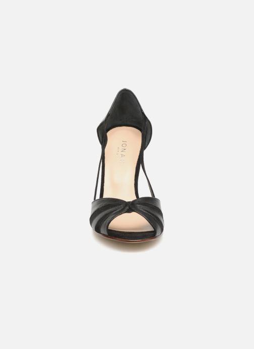 Sandales et nu-pieds Jonak DAGILO Noir vue portées chaussures