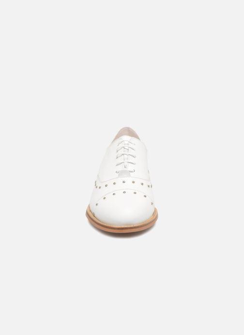 Scarpe con lacci Jonak DOMUS Bianco modello indossato