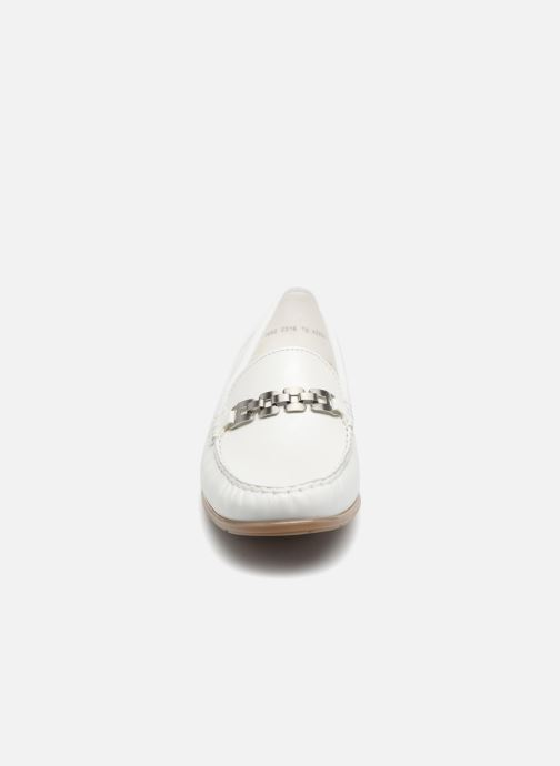 Mocassins Ara New Jersey 42234 Blanc vue portées chaussures
