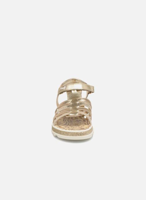 Sandales et nu-pieds Primigi Elda Or et bronze vue portées chaussures