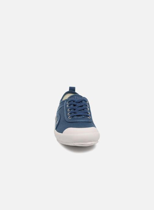 Sneakers TBS Pernick-T7022 Azzurro modello indossato