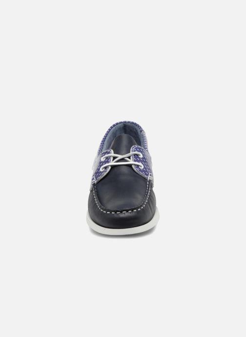 Scarpe con lacci TBS Pietra--L7032 Azzurro modello indossato
