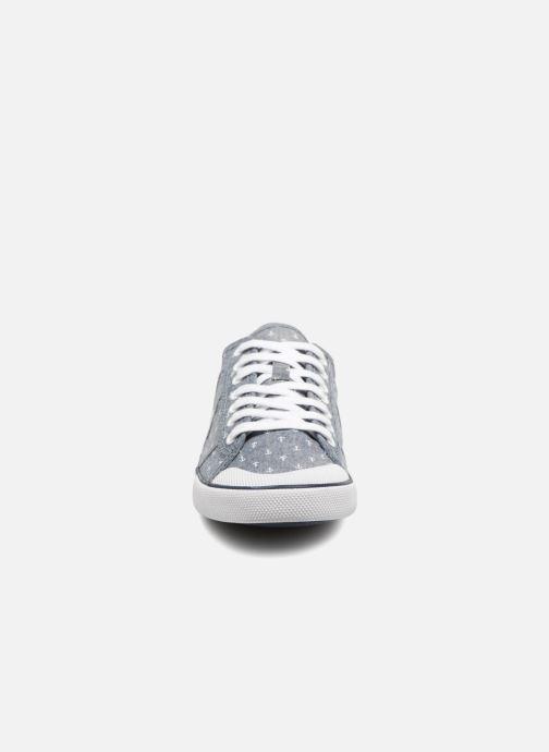 Sneakers TBS Violay--Y7122 Grigio modello indossato