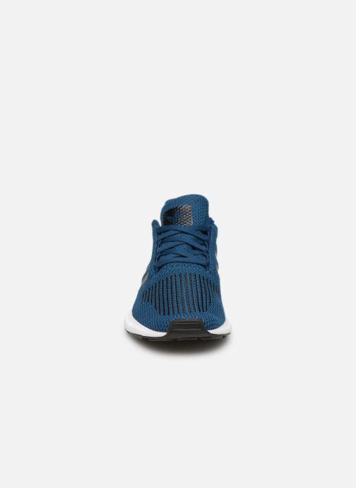 Sneaker Adidas Originals Swift Run J blau schuhe getragen