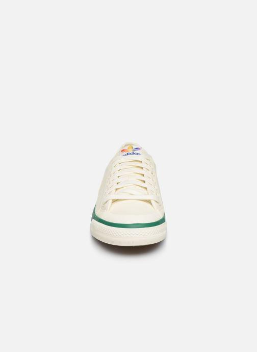 Sneakers adidas originals NIZZA Vit bild av skorna på