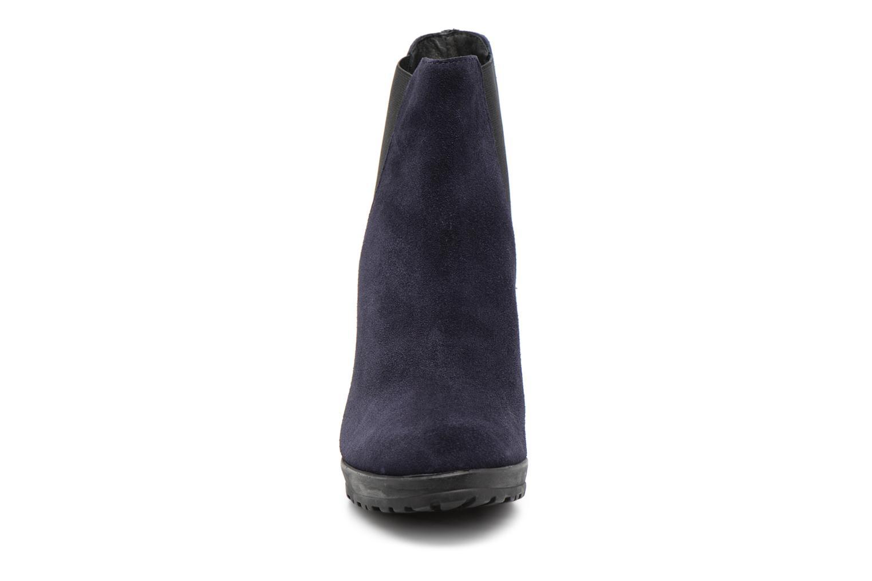 Bottines et boots Elizabeth Stuart SYNTONY 334 Bleu vue portées chaussures