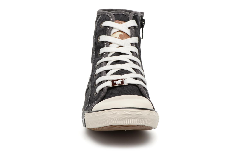 Baskets Mustang shoes Mejob 1099502 Noir vue portées chaussures