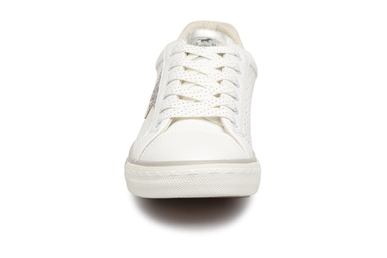 Baskets Mustang shoes Baroni Blanc vue portées chaussures