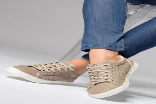 Sneakers Mustang shoes Argia Beige se forneden