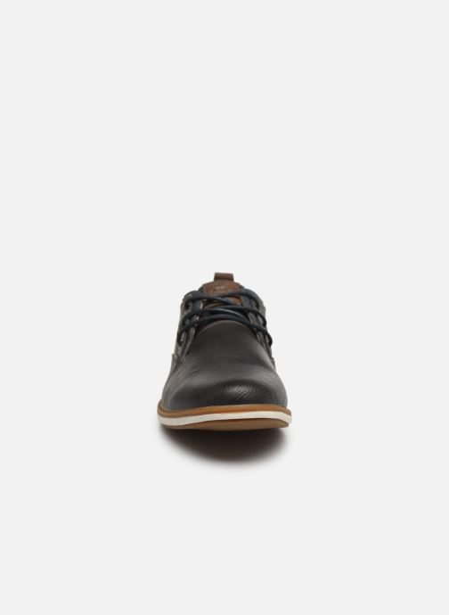 Chaussures à lacets Mustang shoes Pasou Gris vue portées chaussures