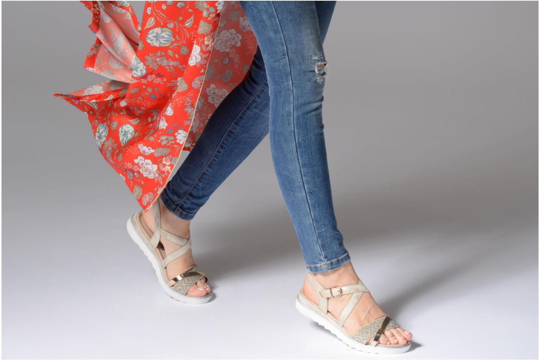 Sandales et nu-pieds Remonte Drew D1164 Beige vue bas / vue portée sac