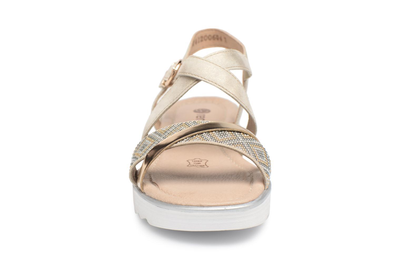 Sandales et nu-pieds Remonte Drew D1164 Beige vue portées chaussures