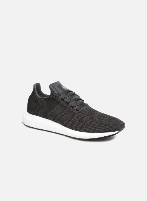 Baskets adidas originals Swift Run Noir vue détail/paire