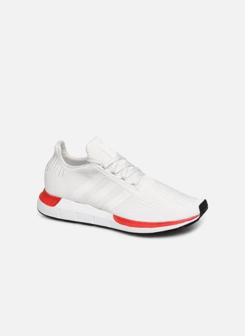 Baskets adidas originals Swift Run Blanc vue détail/paire