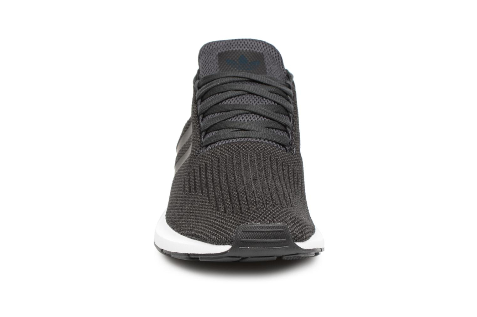 Trainers Adidas Originals Swift Run Black model view