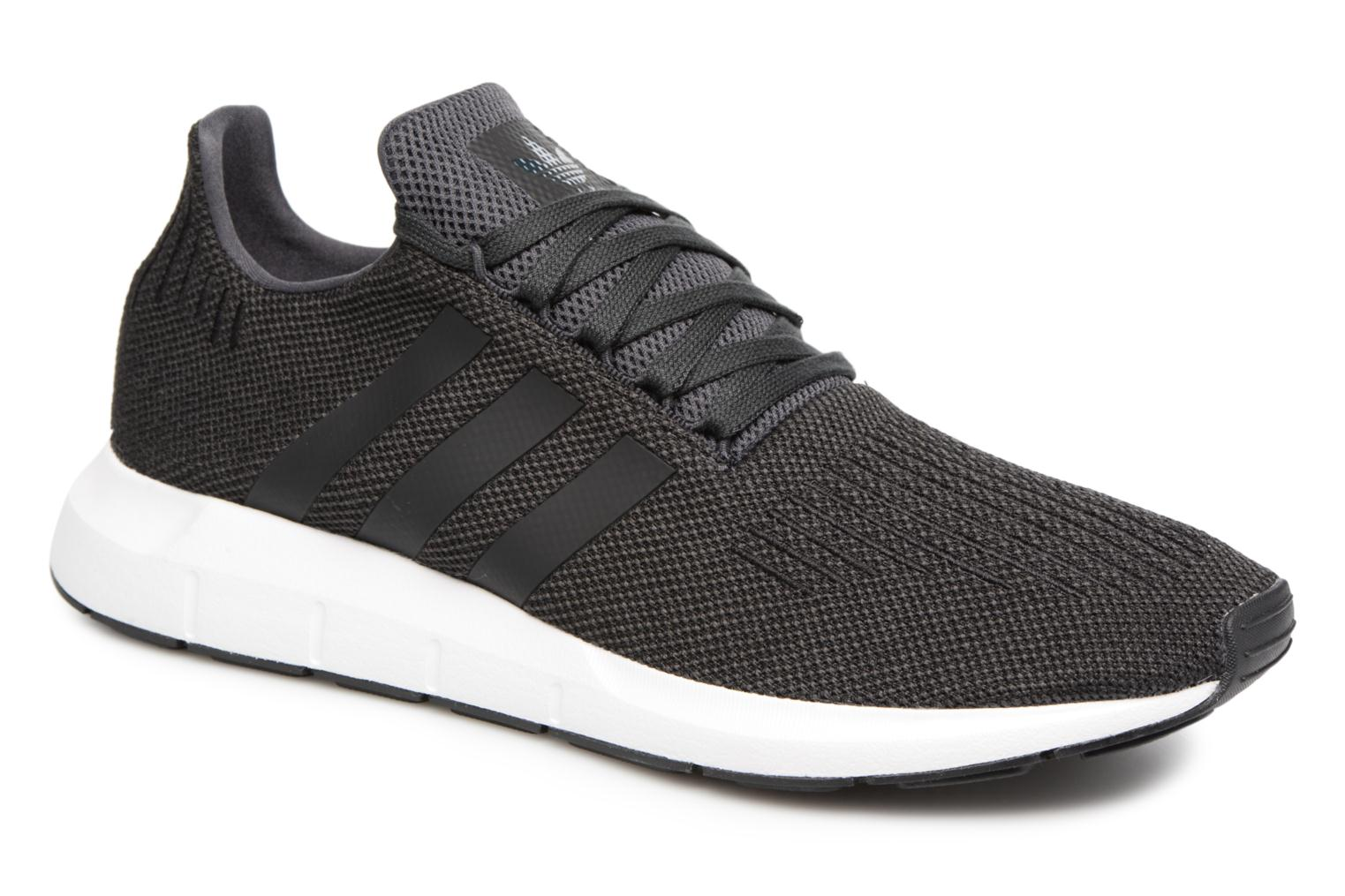 Trainers Adidas Originals Swift Run Black detailed view/ Pair view