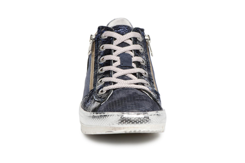 Baskets Khrio Manoti quadro zaffiro Bleu vue portées chaussures