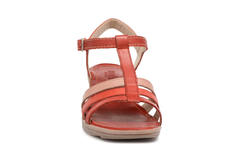 Sandales et nu-pieds Khrio Logaki mohair fire Rouge vue portées chaussures