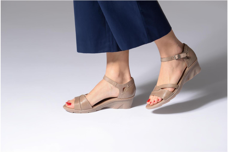 Sandales et nu-pieds Khrio Paorla mohair taupe Beige vue bas / vue portée sac