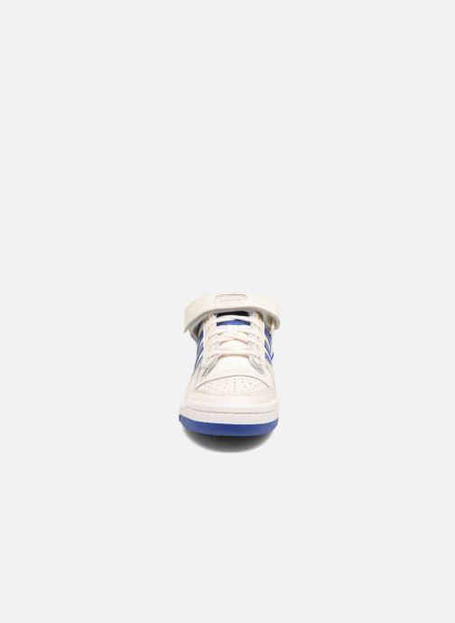 Sneakers adidas originals Forum Lo Bianco modello indossato