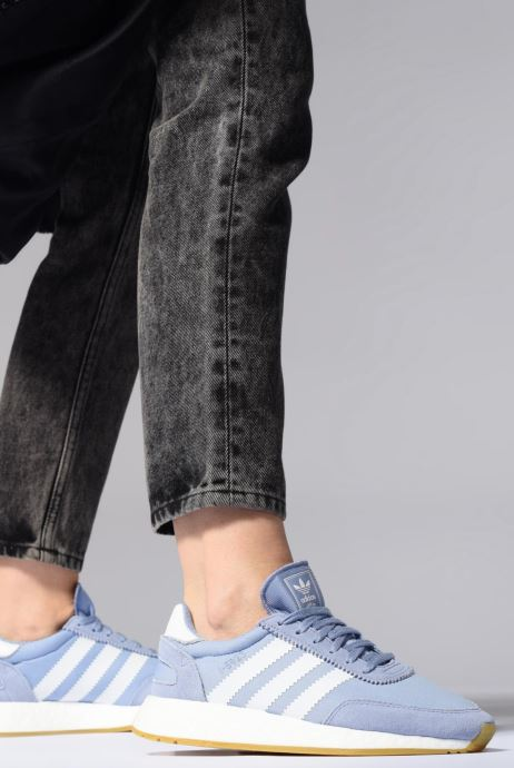Sneaker adidas originals I-5923 W rosa ansicht von unten / tasche getragen