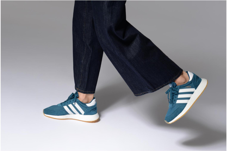Baskets Adidas Originals I-5923 W Bleu vue bas / vue portée sac