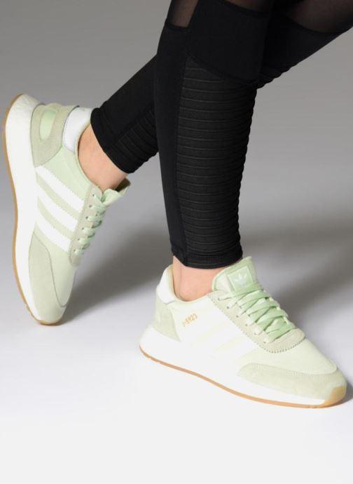 Baskets adidas originals I-5923 W Vert vue bas / vue portée sac