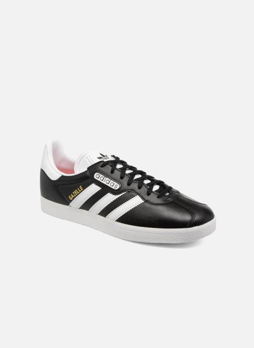 Baskets adidas originals Gazelle Super Essential Noir vue détail/paire