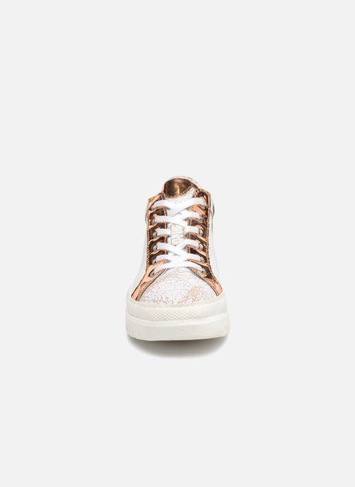 Sneakers Khrio Solena Bianco modello indossato