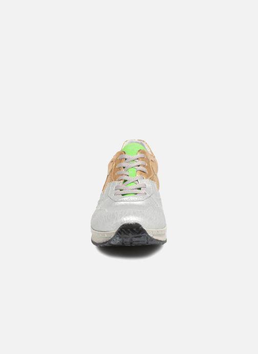 Baskets Khrio Estrela Or et bronze vue portées chaussures