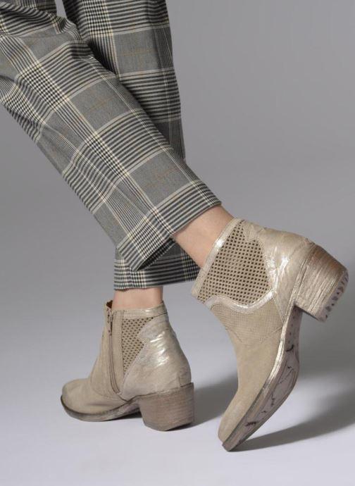Bottines et boots Khrio Lucia Beige vue bas / vue portée sac